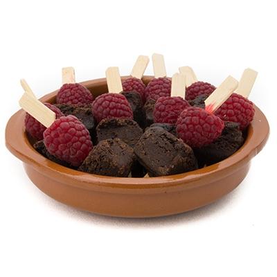 Jasper's (V) Raspberry and Chocolate Brownie Skewer